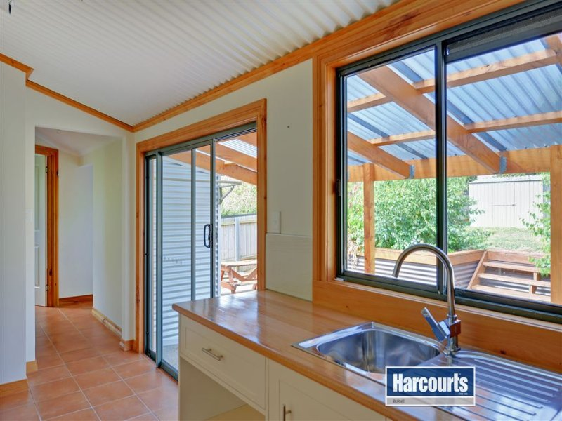 157 Mount Street, Upper Burnie, Tas 7320