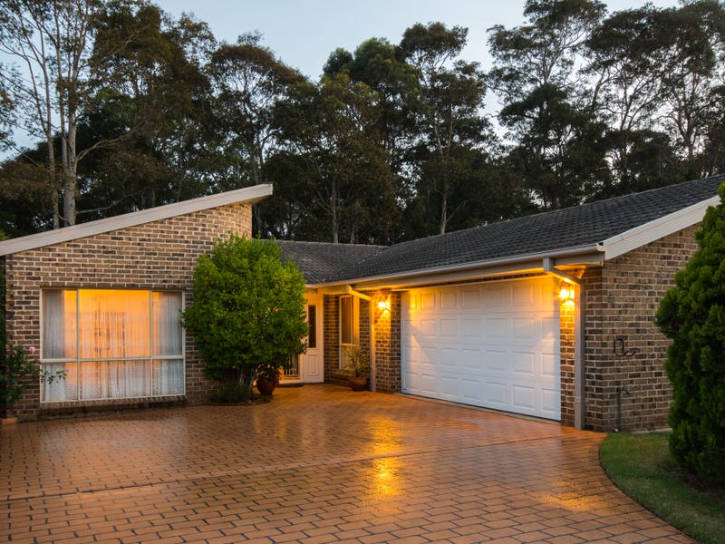29 Explorers Way, Surf Beach, NSW 2536