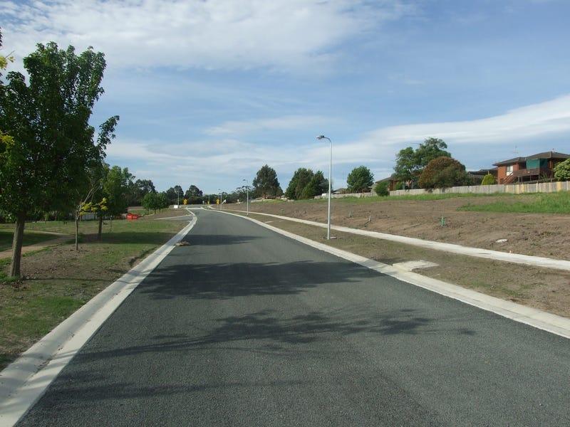 18 Amaroo Way, Newborough, Vic 3825