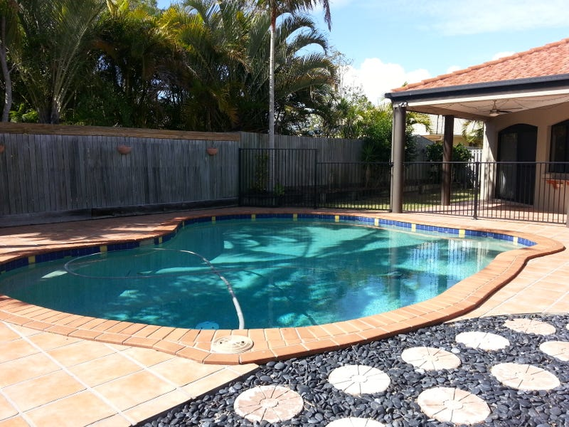 4 Genoa Place, Banksia Beach, Qld 4507