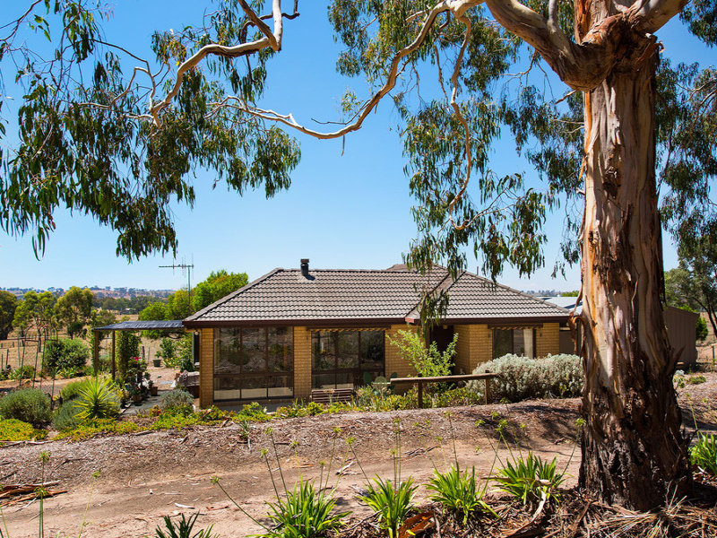 2382 Harmony Way, Elphinstone, Vic 3448