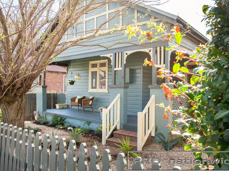 18 Allan Street, Lorn, NSW 2320