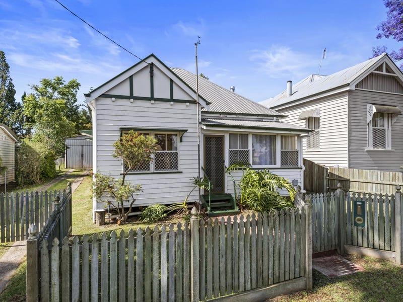 3 Moffatt Street, North Toowoomba, Qld 4350