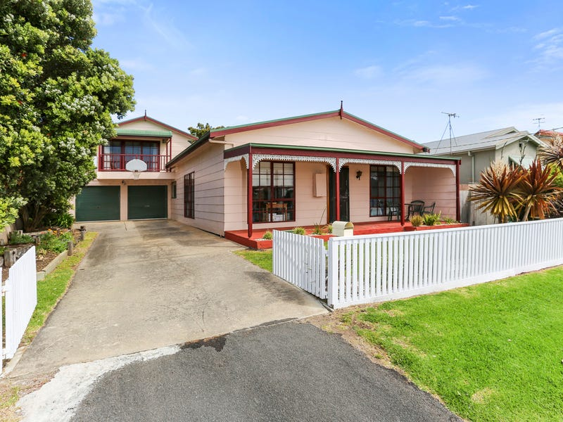 11 Reardon Street, Port Fairy, Vic 3284