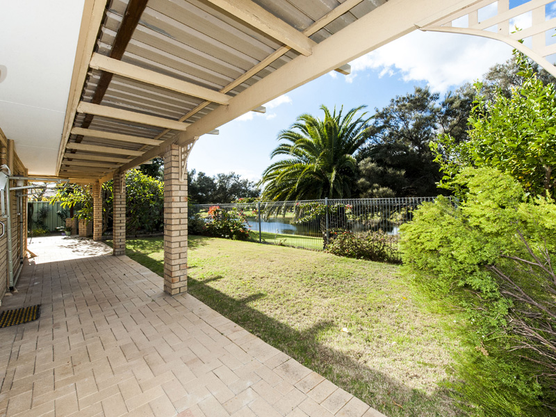 22 Hillview Rise, Cooloongup, WA 6168