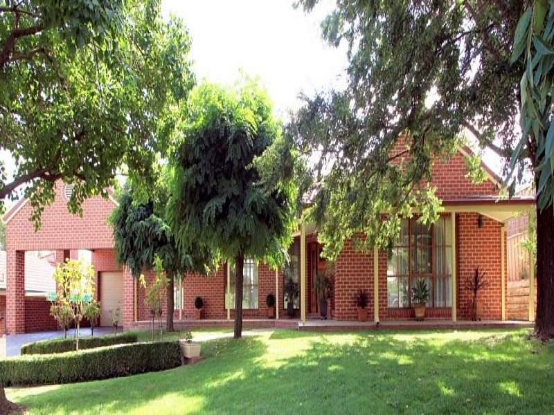 6 Balmoral Drive, Wodonga, Vic 3690