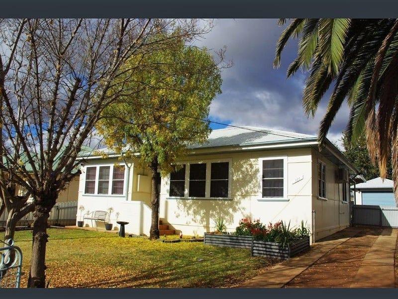 121 Gisborne Street, Wellington, NSW 2820