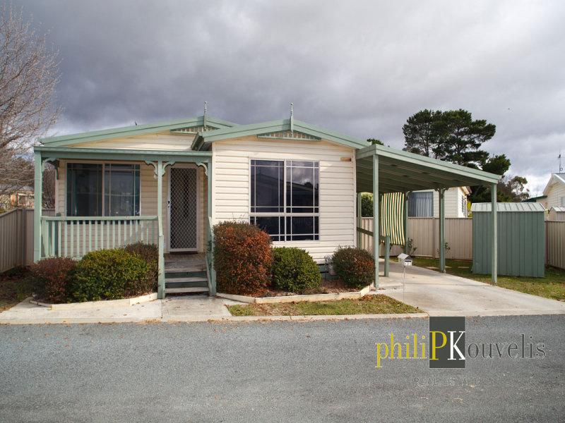 77 Banksia Drive, Symonston, ACT 2609