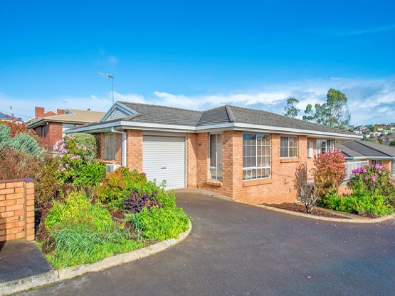 1/202 Mount Street, Upper Burnie, Tas 7320