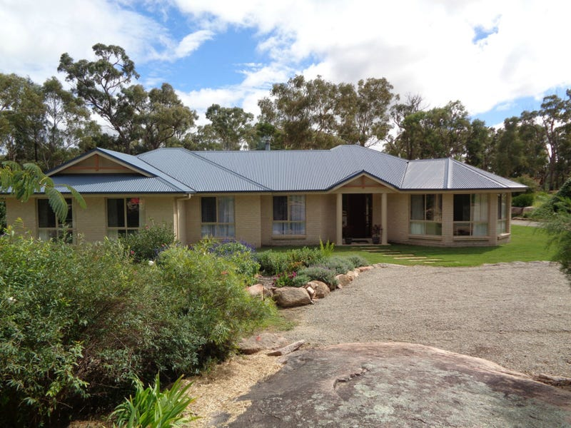 3 Mariposa Place, Stanthorpe, Qld 4380