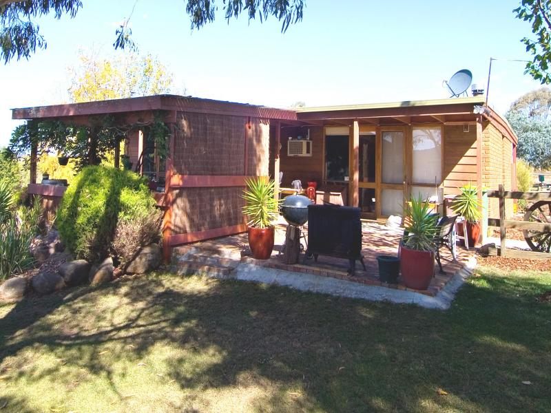 873 Three Chain Road, Newham, Vic 3442