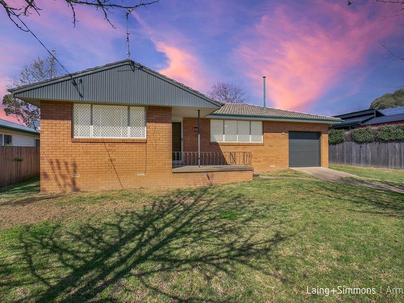 214 Dumaresq Street, Armidale, NSW 2350