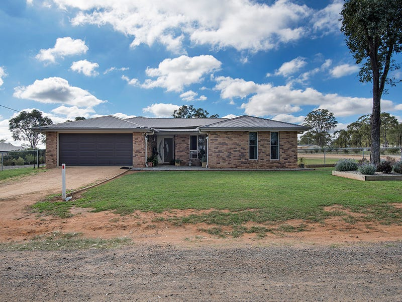 9 Leslie Lane, Hendon, Qld 4362