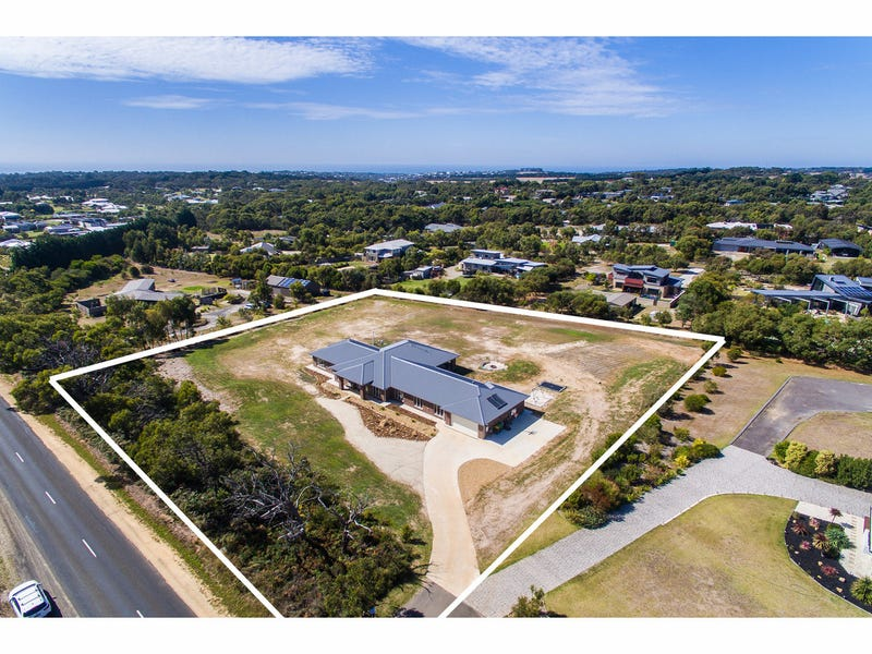 235 Coombes Road, Torquay, Vic 3228