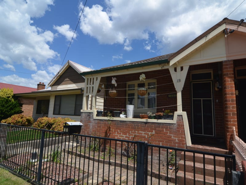 13 Atkinson Street, Lithgow, NSW 2790
