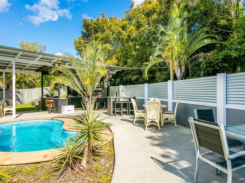 49 Trevina Crescent, Mount Warren Park, Qld 4207