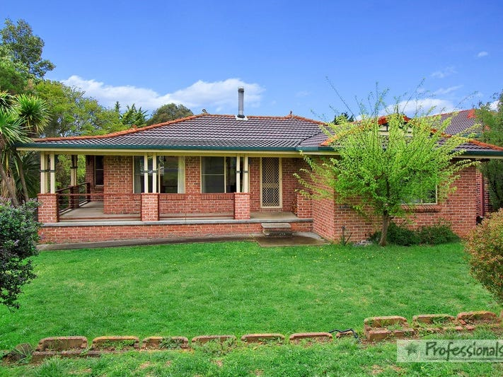 15 Rosecommon Avenue, Armidale, NSW 2350