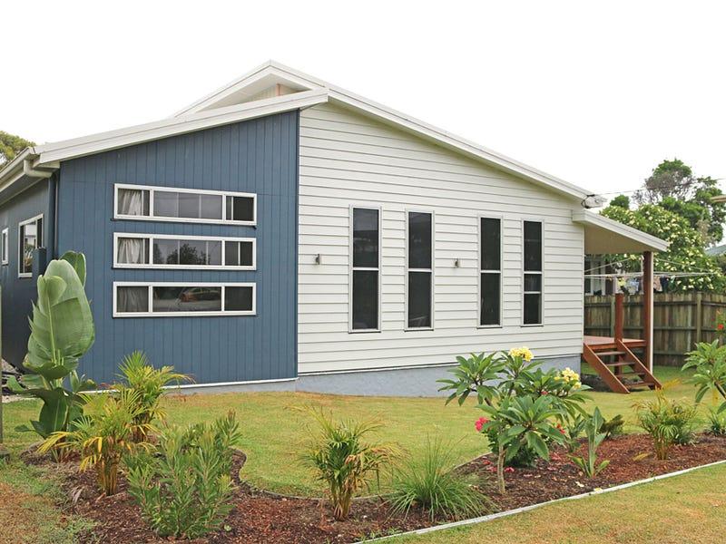 5 Johnson Avenue, Mylestom, NSW 2454