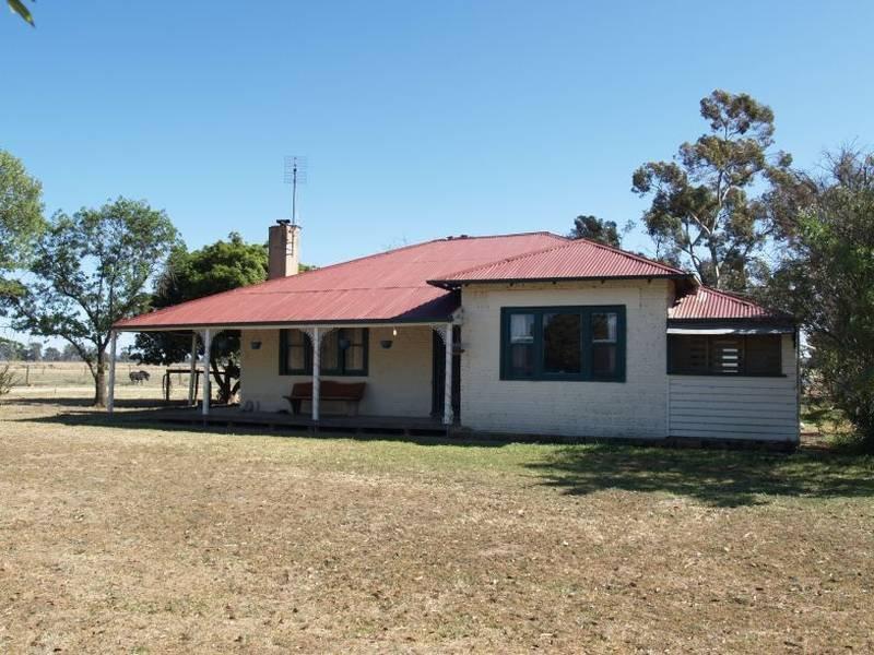 1057 Bearii East Road, Strathmerton, Vic 3641