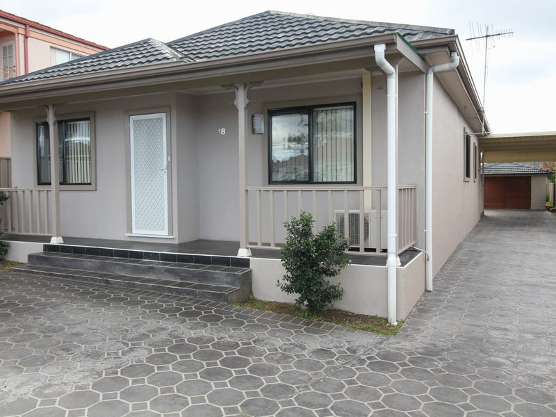 18 Myddleton Avenue, Fairfield, NSW 2165