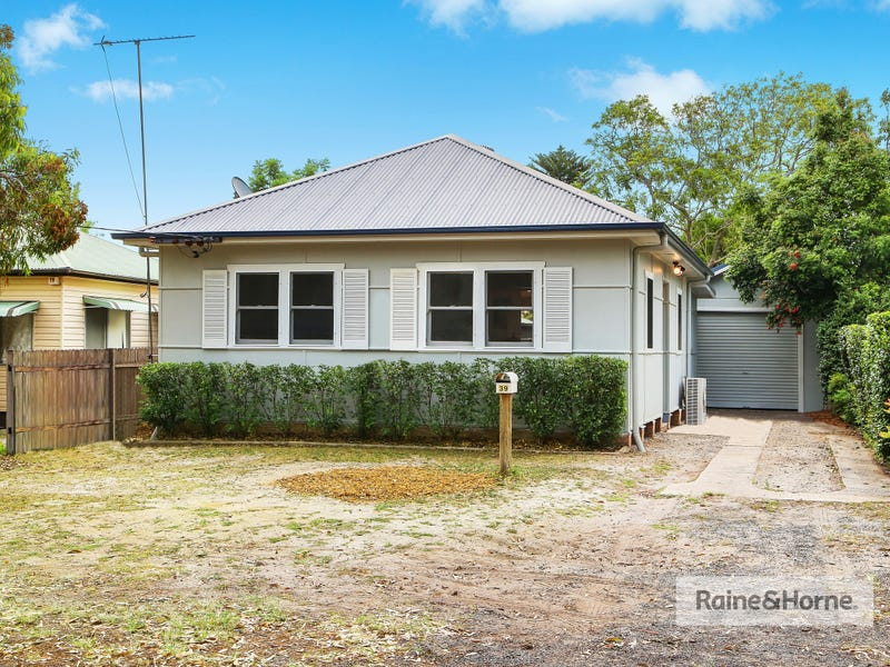 39 Banksia Street, Ettalong Beach, NSW 2257