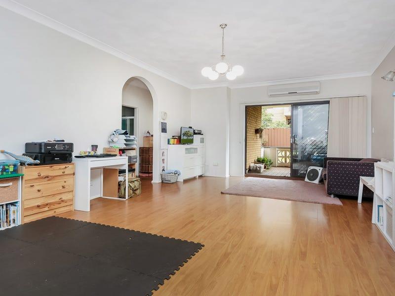 1/12-14 Winchester Street, Carlton, NSW 2218