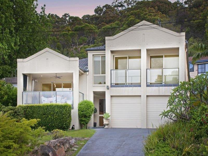 2c Taylor St, Woy Woy Bay, NSW 2256