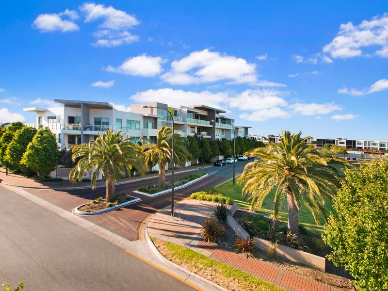 Apartment 2/1 Burt Street, Findon, SA 5023