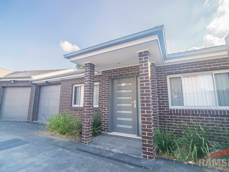 3/8 Gurrawillie Street, Villawood, NSW 2163