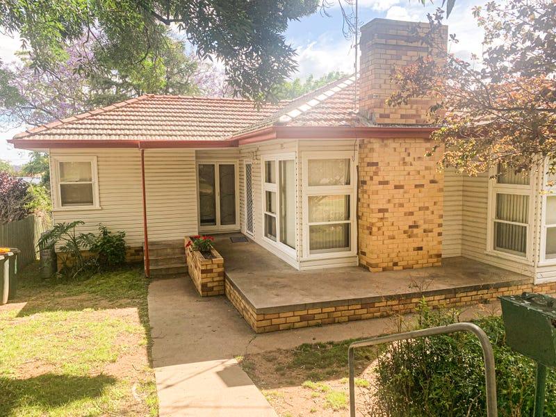 31 Raglan Street, Tamworth, NSW 2340