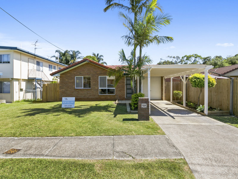270 Government Rd, Labrador, Qld 4215
