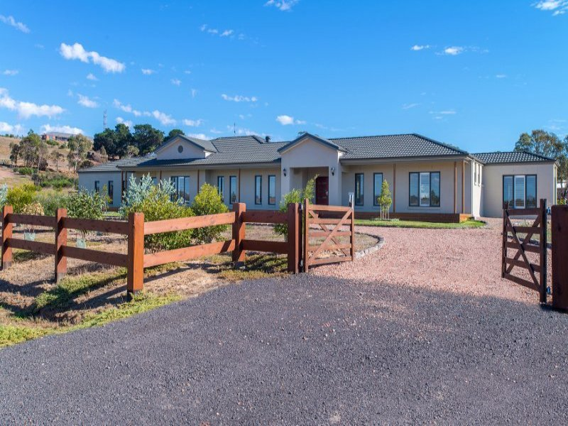 44 Oxley Rise, Batesford, Vic 3213
