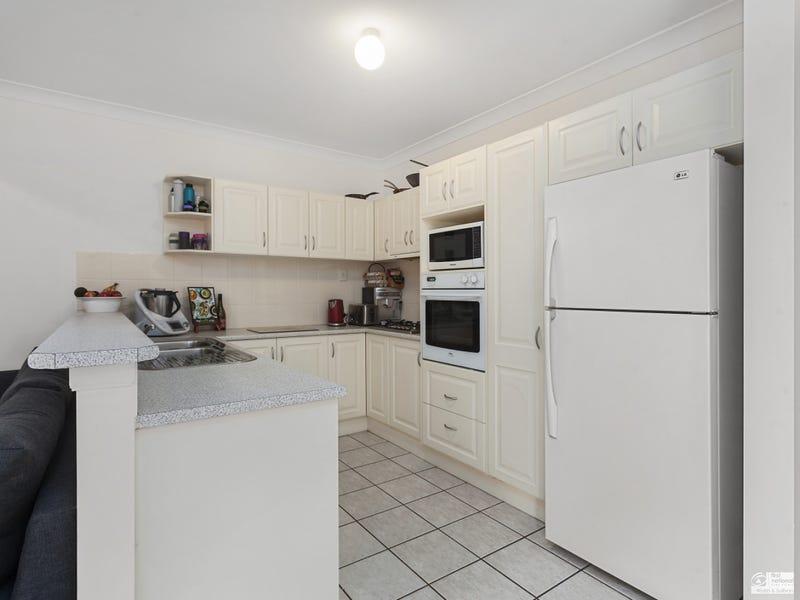 17 Hester Way, Beaumont Hills, NSW 2155