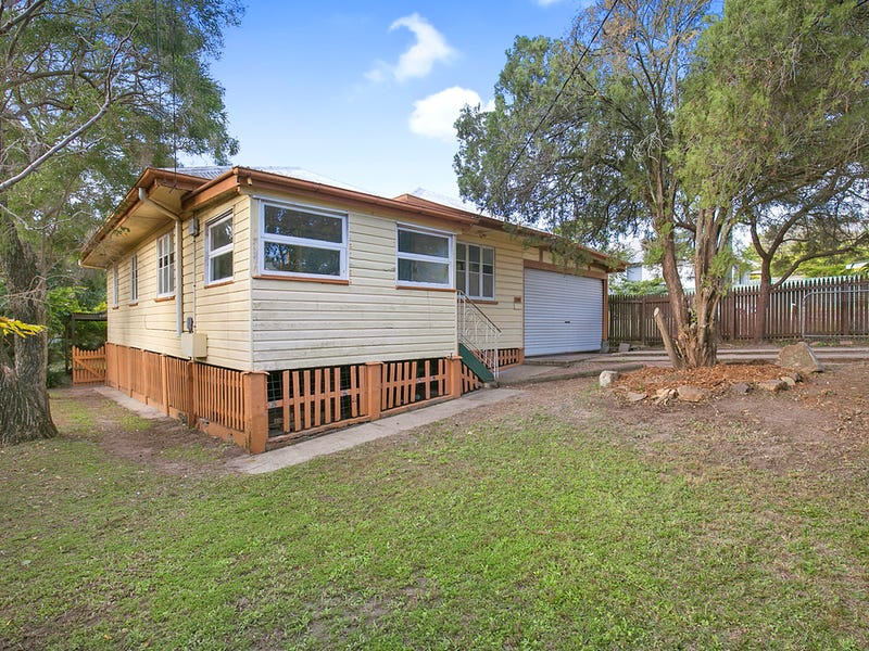 141 Sibley Road, Wynnum West, Qld 4178