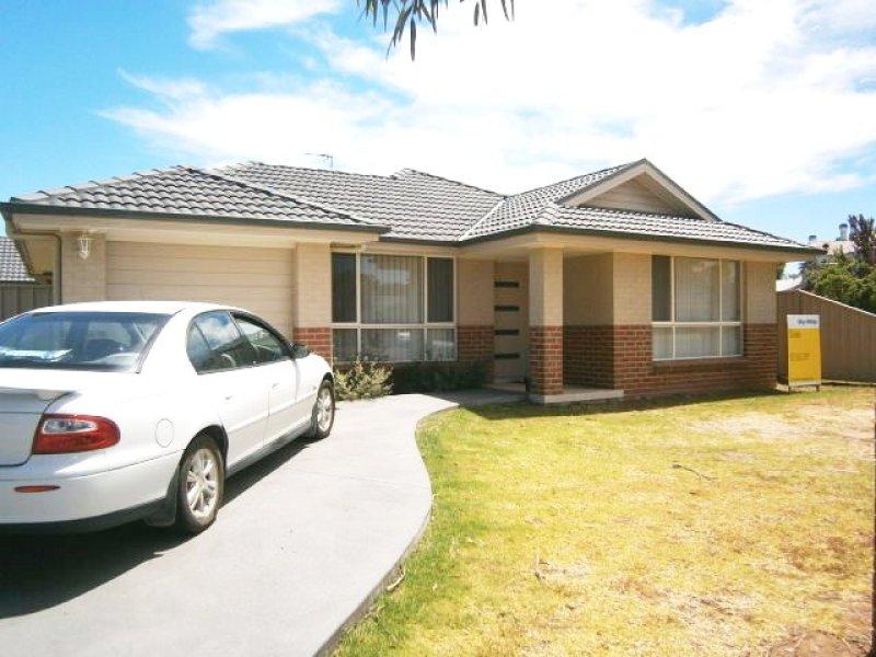 1/105 Thompson Street, Cootamundra, NSW 2590