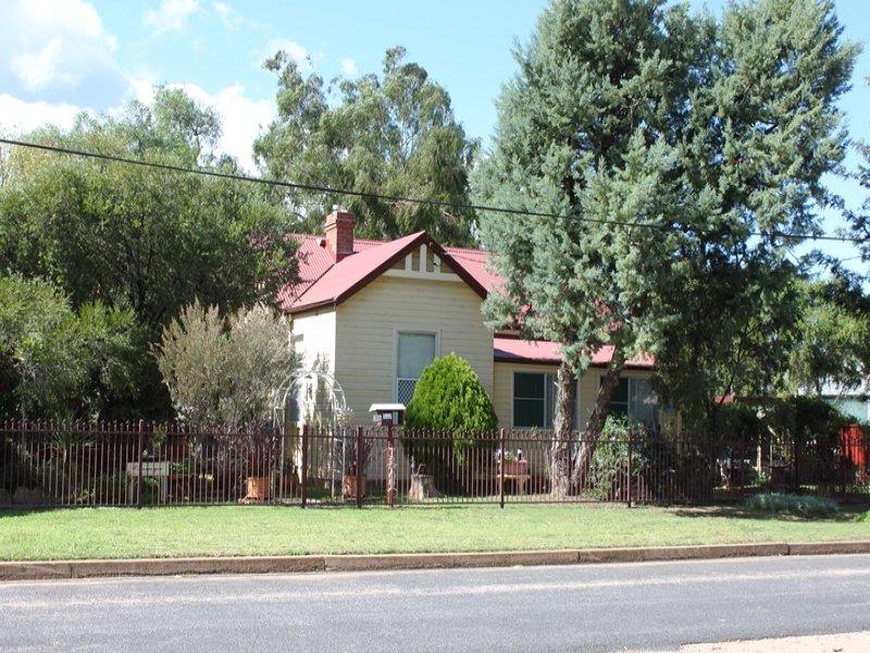 22 Napier St, Mendooran, NSW 2842