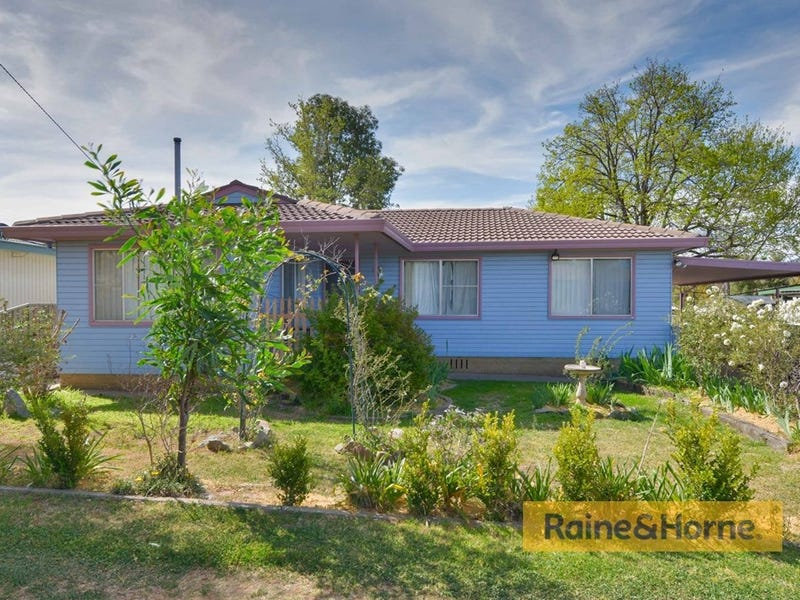 26 Kyooma Street, Tamworth, NSW 2340
