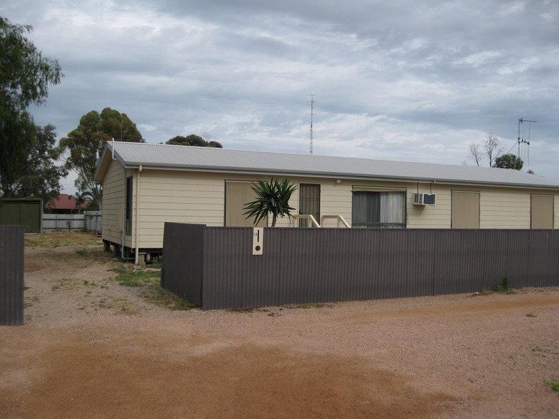10 Flinders Street, Kadina, SA 5554