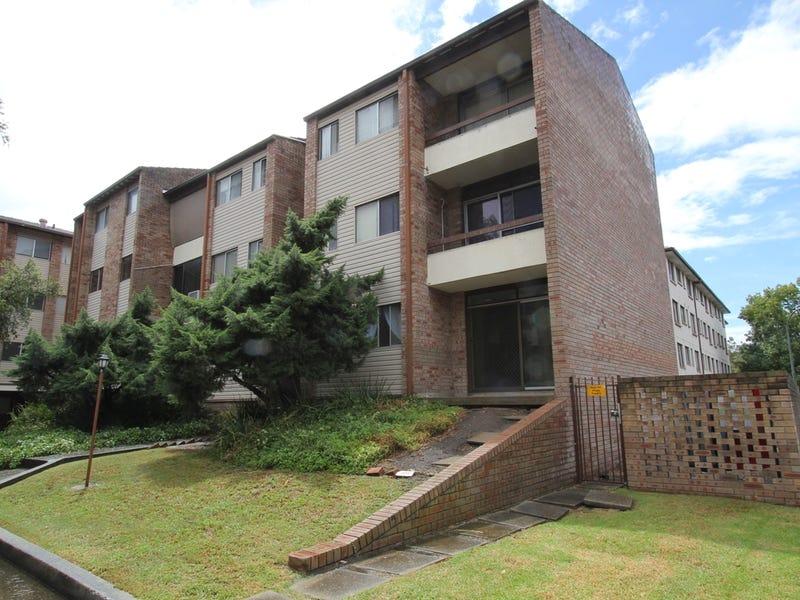 23/26-30 Remembrance Drive, Warwick Farm, NSW 2170
