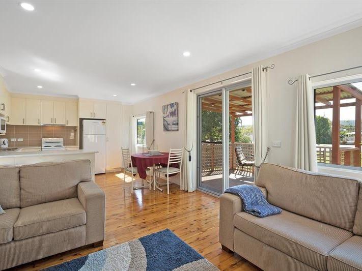 10 Chapman Ave, Merimbula, NSW 2548
