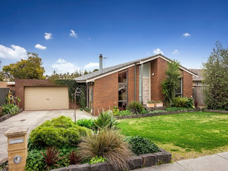 27 Strickland Avenue, Mill Park, Vic 3082