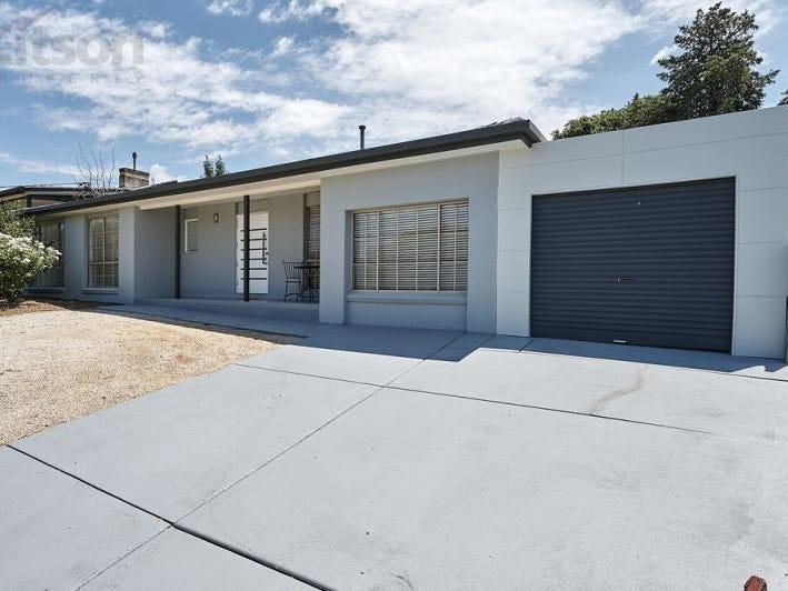 81 Red Hill Road, Kooringal, NSW 2650