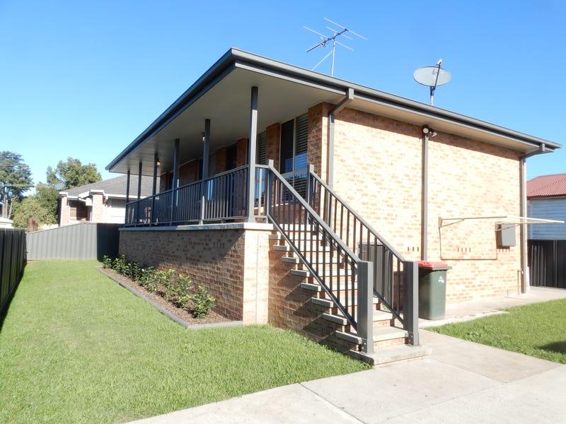 2/10 Bishopgate Street, Singleton, NSW 2330