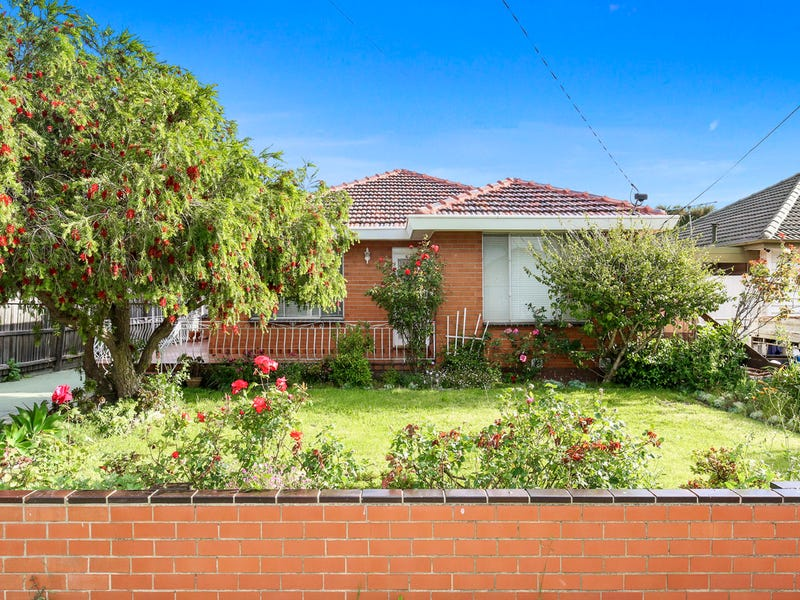 5 Lloyd Avenue, Reservoir, Vic 3073