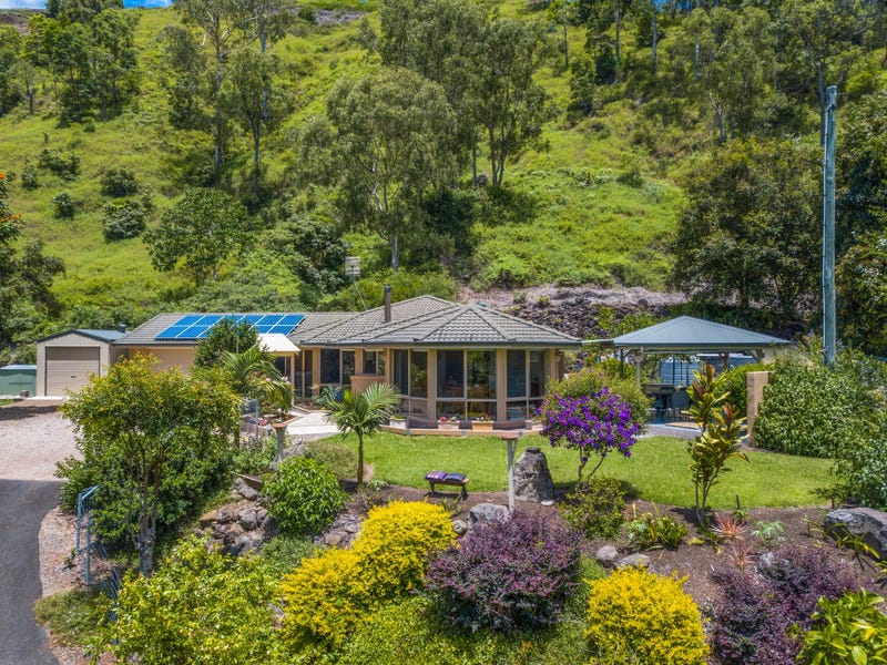 114 Hovard Road, Bald Knob, Qld 4552