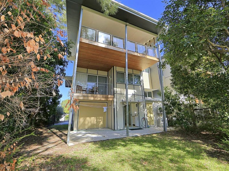 4/1 Hussar Court, Woodgate, Qld 4660