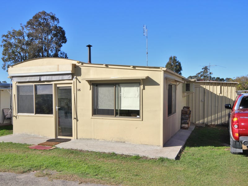 A016/99  Princes Highway, Eden, NSW 2551