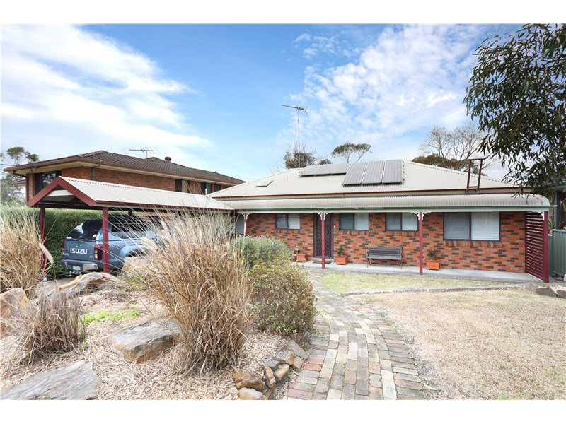 25 Leumeah Road, Woodford, NSW 2778