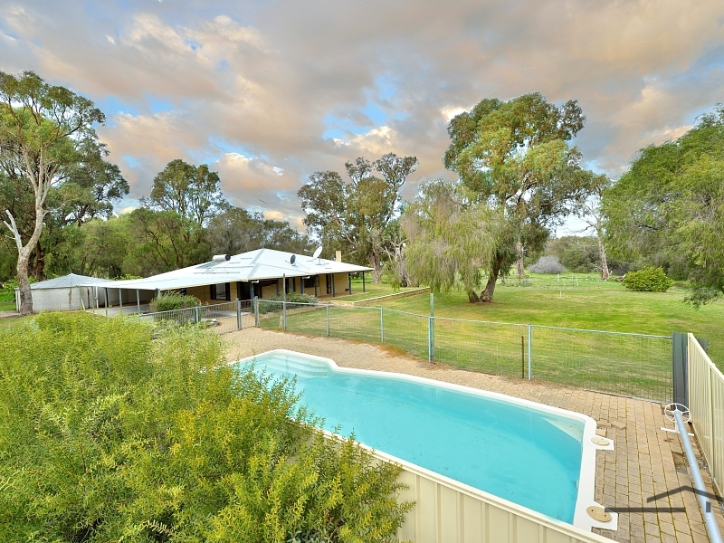 163 Clifton Downs Road, Herron, WA 6211