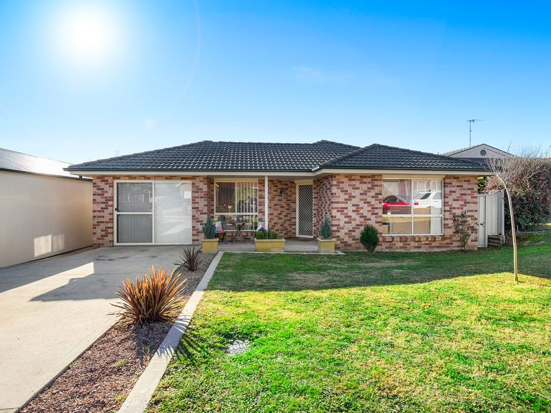 4 Joanna Place, Goulburn, NSW 2580